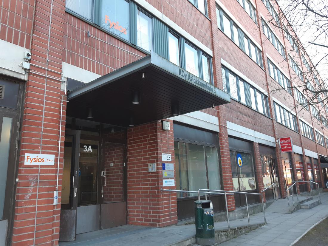 Fysios Helsinki Itäkeskus ulko-ovi
