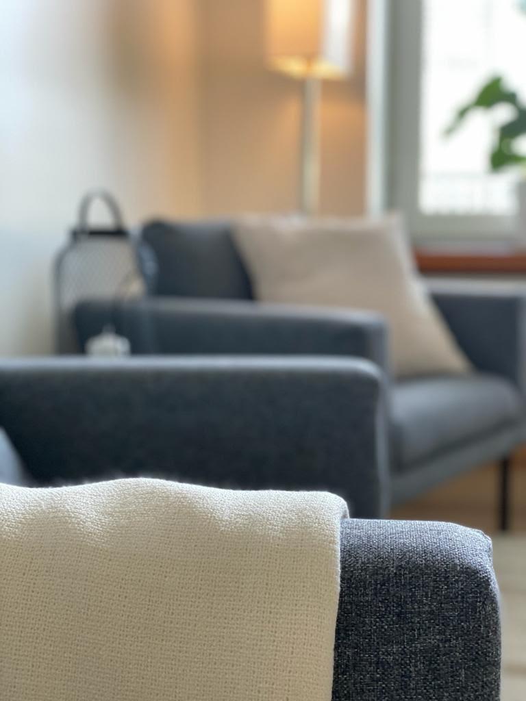 Fysios Psykoterapia Kamppi tuolit